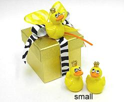 Duck with golden crown cer. small  Yellow