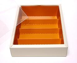 Macaron box 4 row ivory caramel Cairo