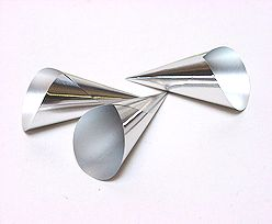 Alu Cones Large 1000 pcs/box Silver