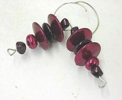 beaded hanger, redplum