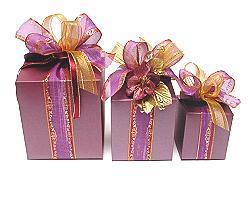 Cubebox handle large 125x125x125mm aubergine with goldcarton