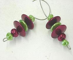 beaded hanger, redgreen